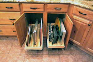 Pull out shelves with dividers